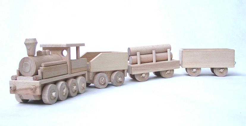 vyr_1139dreveny-vlak-velky-s-vagony